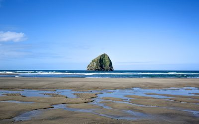 Custom Crafted Cannon Beach Home!